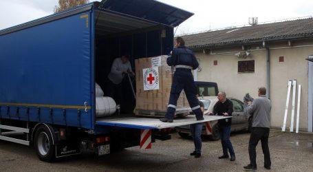 Albaniji poslani šatori, generatori i druga oprema
