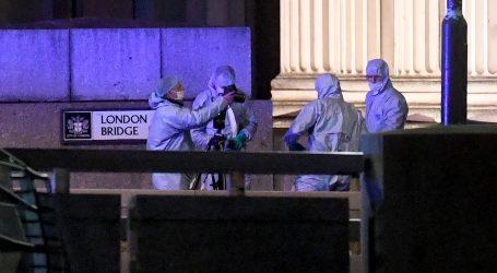 Dvoje mrtvih u napadu na London Bridgeu, policija ubila napadača