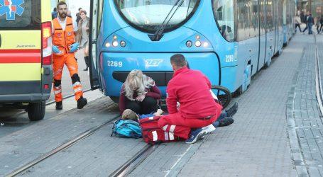 Malog biciklista na Trgu bana Jelačića udario tramvaj