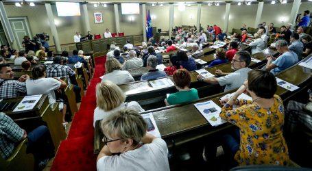 """Oporba i udruge osuđuju """"zeleno svjetlo"""" Ministarstva za GUP Zagreba"""