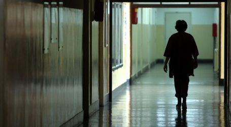 MINISTARSTVO: U osnovnim i u srednjim školama danas štrajkalo oko 64 posto zaposlenih