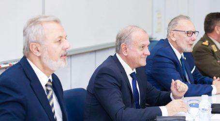 Plenkovićevi ministri osudili govor mržnje na Whatsappu i Viberu