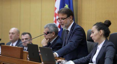 SABOR: Vlada jučer odbila tristotinjak oporbenih amandmana