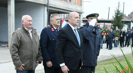 "MEDVED: ""Imamo dokumente koji ukazuju da je srpska vojska nakon okupacije provodila ekshumacije"""