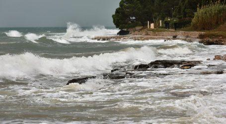 Promjenjivo oblačno, upozorenja za Jadran zbog kiše i jakog juga