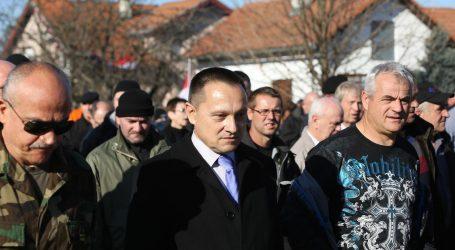 BORKOVIĆ 'Prerano je za ćirilićne ploče u Vukovaru'
