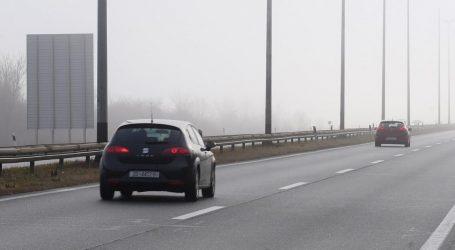 Kolnici mokri i skliski, vozi se usporeno na zagrebačkoj obilaznici