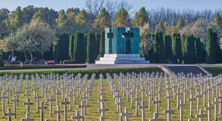 Hrvatska prosvjedovala zbog spomenika generalu JNA koji je napadao Vukovar