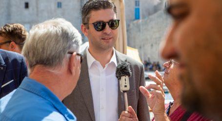Dubrovački gradonačelnik za CNN potvrdio petogodišnju zabranu otvaranja novih restorana u staroj gradskoj jezgri
