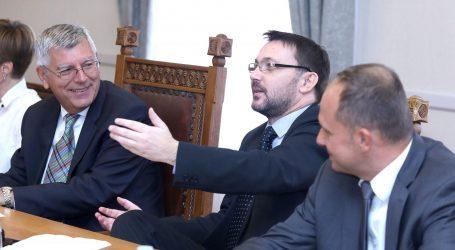 Odbor za Ustav nije prihvatio Vladin prijedlog novog kalendara blagdana