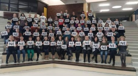 """Nastavnici diljem zemlje  odgovaraju na Vladinu ponudu: """"NE!"""""""