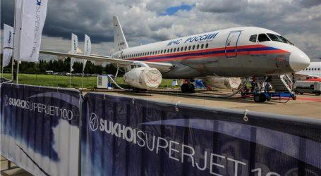 80 PUTNIKA Ruski zrakoplov prislino sletio zbog kvara motora