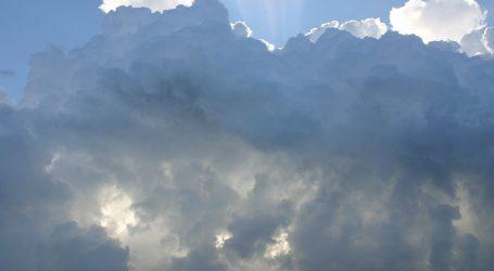 Pretežno oblačno, na moru jaka bura