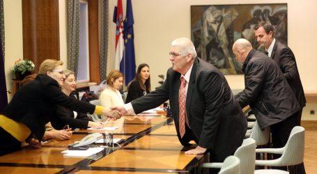 Anto Đapić predao DIP-u kandidaturu i poručio kako je prikupio 13.000 potpisa