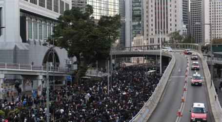 Na ulicama Hong Konga prosvjedovalo 800 tisuća ljudi
