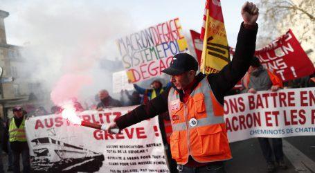 Francuska: Šesti dan štrajka protiv mirovinske reforme, ulice blokirane