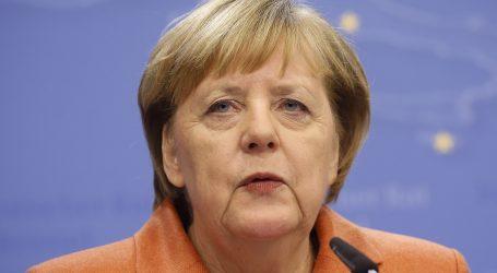 Putin i Merkel pozdravili razmjenu zatvorenika u Ukrajini