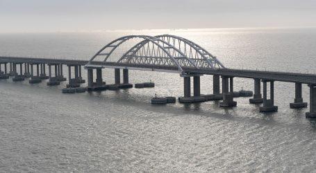 Ukrajina otvorila istragu zbog ruskog vlaka koji je stigao na Krim