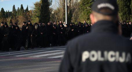 Crnogorski parlament raspravlja o spornom zakonu o crkvenoj imovini, središte grada blokirano