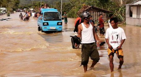 Tajfun na Filipinima ubio 13 osoba