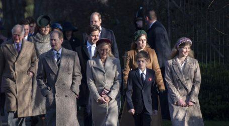 Britanski princ Andrew izbjegao božićnu šetnju s kraljevskom obitelji