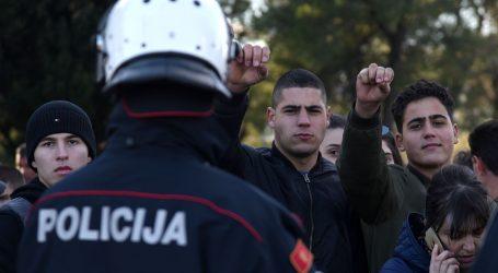 Situacija u Crnoj Gori mirnija, u pritvoru još tri prosrpska zastupnika