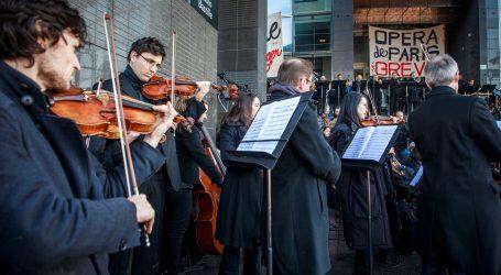 Glazbenici pariške Opera Bastille prekinuli štrajk koncertom na otvorenom