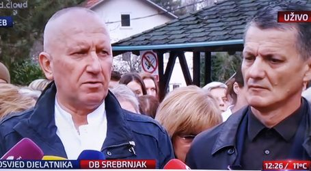 """Prosvjed doktora sa Srebrnjaka: """"Ovo je rezultat patološke mržnje dviju žena"""""""