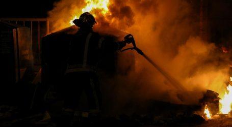 U potpunosti izgorio restoran u Makarskoj