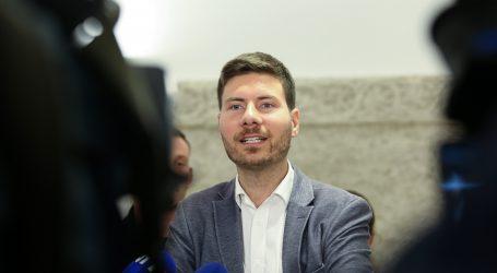 Pernar predao 15 tisuća potpisa za predsjedničku kandidaturu
