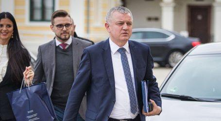 "HORVAT: ""Miroslav Škoro nije kandidat HDZ-a"""
