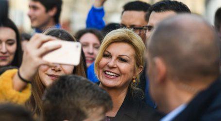 """Grabar-Kitarović u Zadarskoj županiji, Kalmeta komentirao izjave Škore: """"Malo morgen"""""""