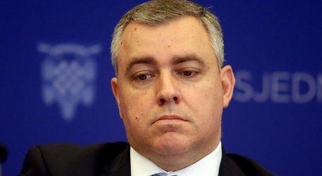 Vlada i Ured predsjednice reagirali na optužbe Mate Radeljića
