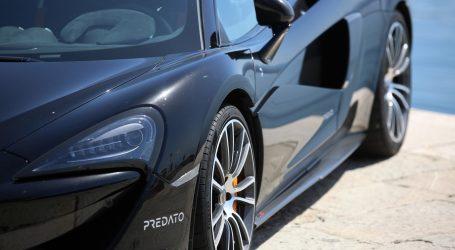 Na uvozu luksuznih automobila navodno utajili milijune PDV-a