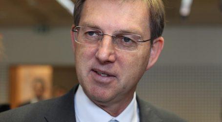 Cerar ne razmišlja o ostavci ni ako se sud EU-a proglasi nenadležnim za arbitražu