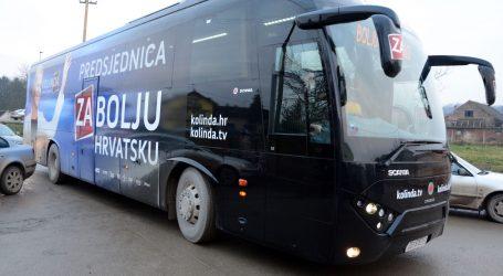 Kolindin autobus okrznuo još jedno vozilo