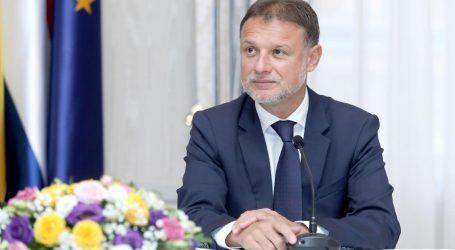 JANDROKOVIĆ 'Milanović se ponaša kao da se kandidira za prvog mrguda'