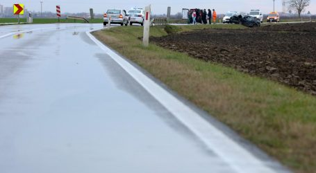 Jedna osoba poginula, a jedna ozlijeđena u prometnoj nesreći na A3