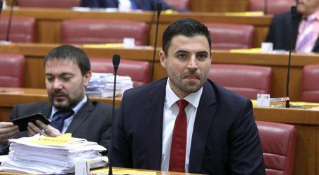 """BERNARDIĆ: """"Za ovaj kaos u obrazovnom sustavu krivi su Plenković i Divjak"""""""