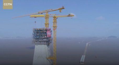 VIDEO: Zadnji radovi na visokom tornju mosta