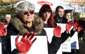 """VIDEO: """"Budimo vegani"""", akcija Prijatelja životinja na Trgu bana Jelačića u Zagrebu"""