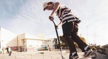 Trikovi na romobilu vježbaju se i na trampolinu