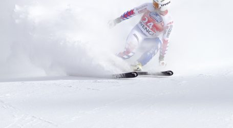 VAL D'ISERE Slalom za skijaše otkazan zbog snažnog vjetra