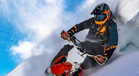 VIDEO: Uživanje u zahtjevnoj vožnji snowbikea