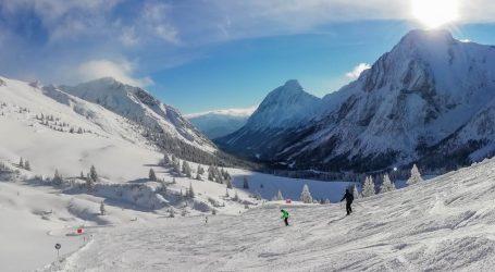 Troje poginulih u snježnoj lavini u južnom Tirolu