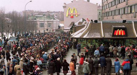 Kada je 1990. američki McDonald's došao u Moskvu, grad je doslovno izgubio razum