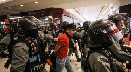Deseci uhićenih u novim prosvjedima u Hong Kongu