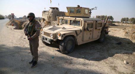 U talibanskim napadima ubijena 23 afganistanska vojnika