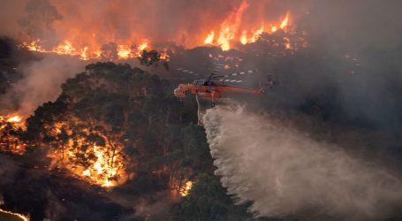 POŽARI U AUSTRALIJI: Spaljeno 200 kuća, vojska šalje pomoć