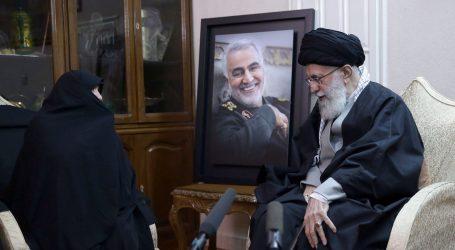 """Iranski vrhovni vođa održao govor, masa vikala: """"Smrt Americi!"""""""
